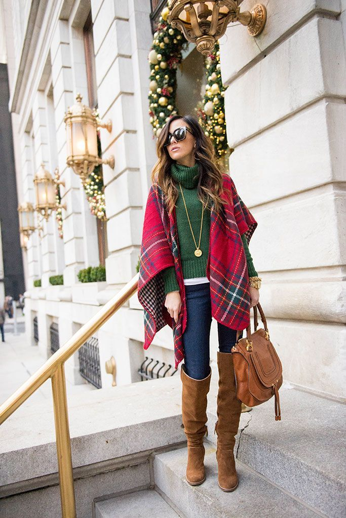 I'm so excited to share this look with y'all! It was the first outfit I  wore when we got in to NYC on Sunday and it just screams Christmas. - CHRISTMAS DAY OUTFIT INSPIRATION Winter Fashion Pinterest