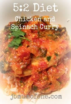 5:2 Diet: Delicious Chicken and Spinach Curry, Just 205 calories!