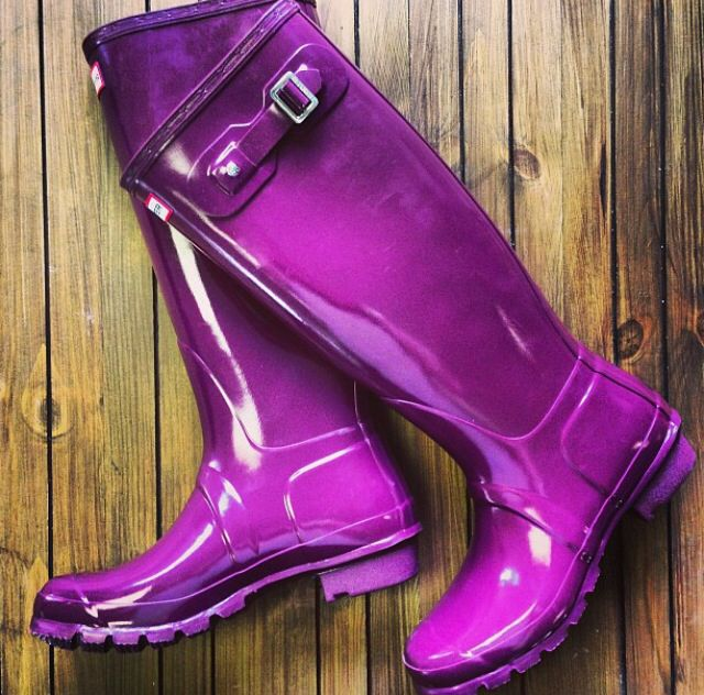 Shiny neon purple hunter boots from Hunter Boots on Instagram