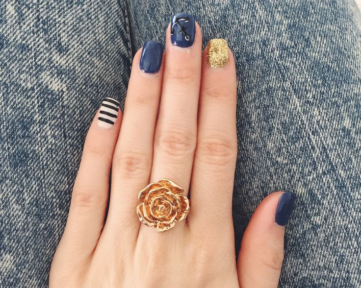 #nails #art #nailart #boat #marine #blue #navy #stripe #gold