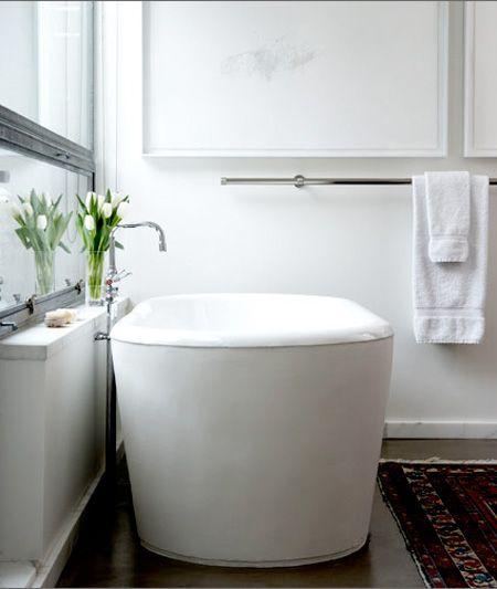 .: Perfect Bathtubs, Bathroom Inspiration, Bath Tubs, Bathroom Interiors, Beautiful Bath, Bathtubs Bathroom Design, White Bathroom, Bathroom Ideas, Bathroom Decor