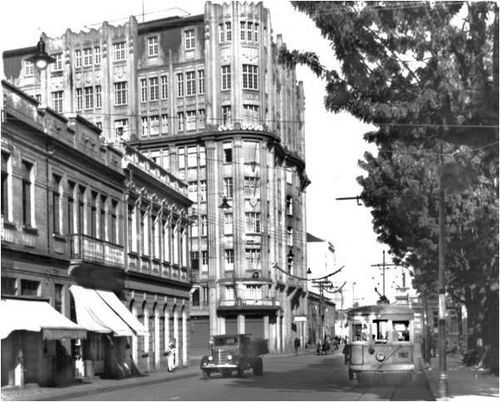 Garcez visto pela Voluntários da Pátria em 1939 - o primeiro gigante de Curitiba