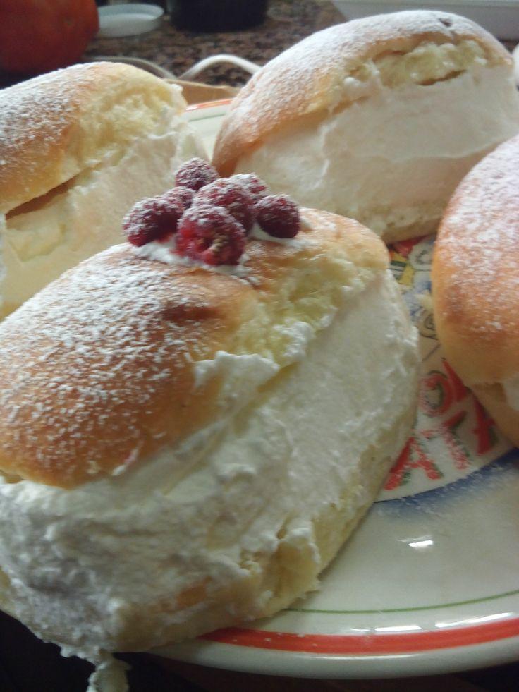 IL MARITOZZO La ricetta su: http://laconfraternitadellapizza.forumfree.it/?t=69752067