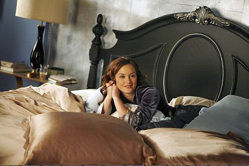 """On Screen Decor"": how to DIY re-create bedrooms from TV and movie characters."
