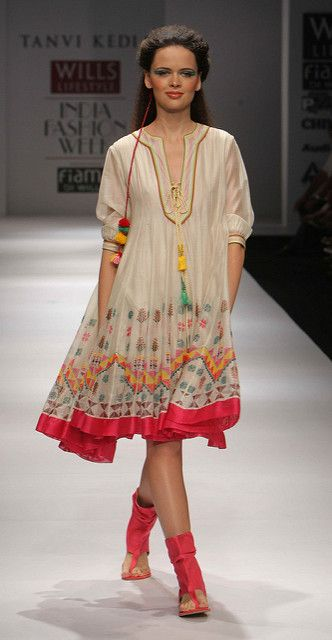 WIFW SS'10 - Day 5 - Tanvi Kedia's Show | Flickr - Photo Sharing!