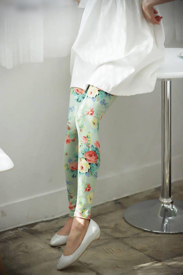 Beautiful Floral Printed Cotton Leggings