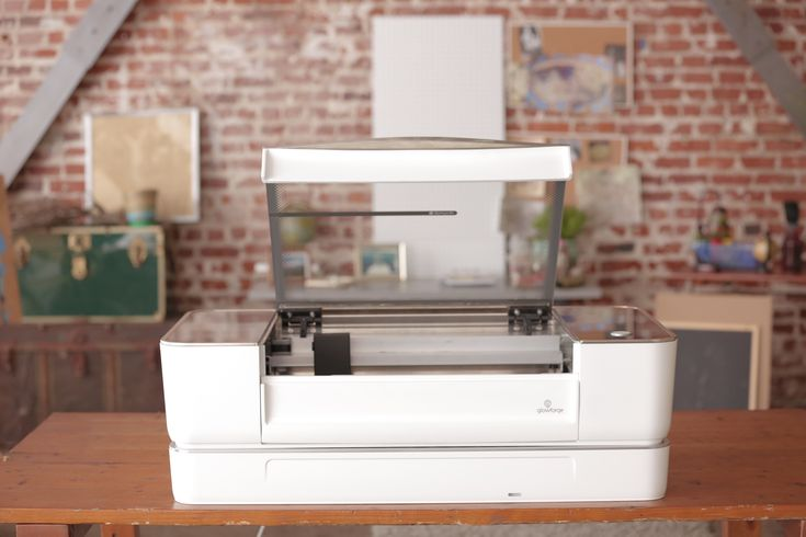 Photo via Glowforge. It seems there is demand for Glowforge's 3D laser printer. The new Seattle startup wrapped up its 30-day crowdfunding campaign this pa