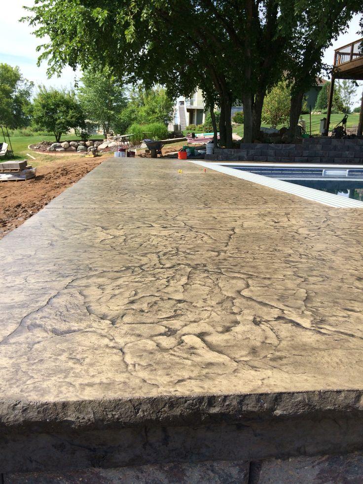 Decorative Concrete Pool Deck With Cantilevered Edge Over Retaining Wall By  Sierra Concrete Arts. BetonbeckenBeton KunstDekorativer ...