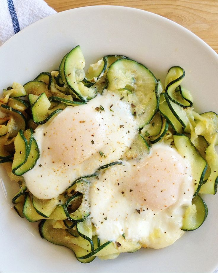Breakfast Zoodles #healthy #clean #recipes http://greatist.com/eat/clean-eating-recipes-that-taste-amazing