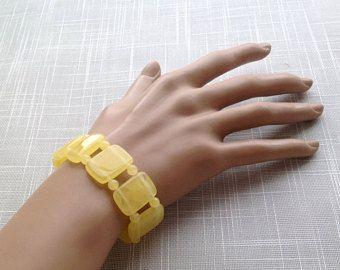 Natural Baltic amber bracelet الكهرمان 天然琥珀 amber organic jewellery, egg yolk amber plates, perfect gift for her #naturalamber #amberbracelet #amberjewelry #eggyolkamber