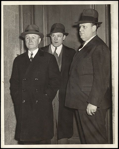 the mafia of the prohibition era In the 1920s and '30s, the us was dealing with a different kind of gun violence epidemic: a massive increase in organized crime, fueled by prohibition gangsters, like al capone, were making big.