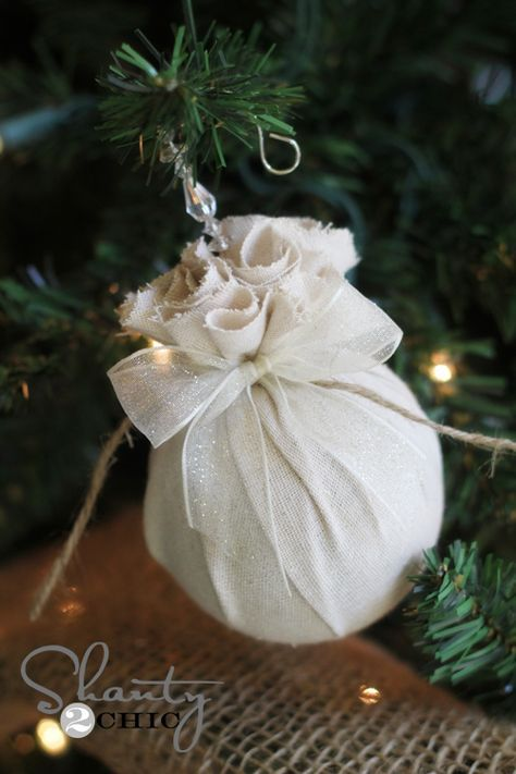 Happy Friday morning! I am getting geared up for Christmas, and I am here today to share a super simple tutorial on making fabric covered balls. These all started with a big box of old ornaments I was planning on sending to Goodwill… Then I had an epiphany! Here is how they turned out… These {...Read More...}