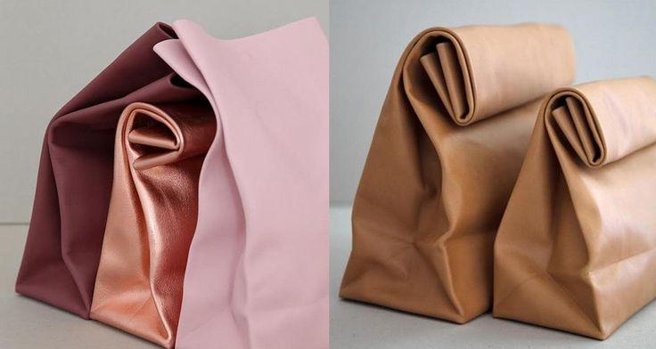Βρήκαμε την τσάντα που θα λατρέψετε: Μίνιμαλ δερμάτινη, σαν χαρτοσακούλα