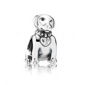 Pandora zilveren Labrador-bedel met zirkoniasteentjes 791379CZ Liefhebber van honden en in het bijzonder van labradors dan mag deze bedel niet aan uw armband ontbreken.
