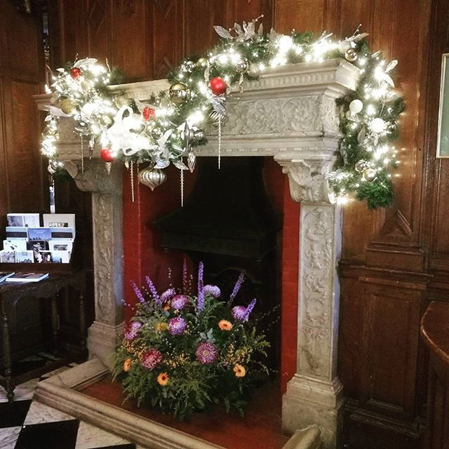 It's beginning to look a lot like Christmas! #tylneyhall  #elitehotels #christmas #decorations