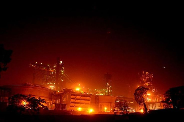 #Travel photo of the week : #Tata_Steel_Company a view at night, #Jamshedpur, Jharkhand - Tata Steel Company : #Jharkhand is synonymous to the steel industries here. Call it our field visit as we decided to tour the Tata Steel at night for we had heard a lot about it. Indeed, the sight was spectacular as amid nothing, there were several lights that brightened up the Tata Steel Company a view at night, Jamshedpur, Jharkhand. We managed to get in somehow and clicked a few snaps too!