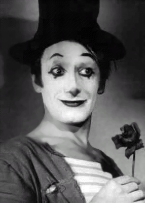 Marcel Marceau    (March 22, 1923, Strasbourg, France-September 22, 2007, Paris, France). French mime. Born Marcel Mangel.