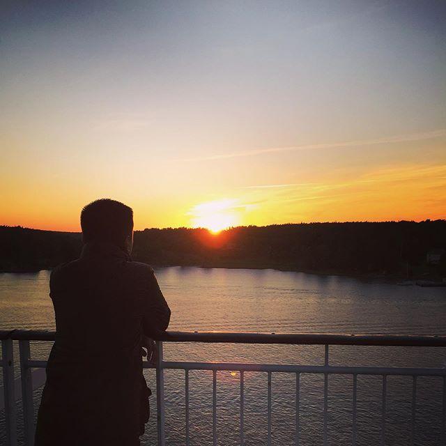 Born To Chase Sunsets Sunsets Sunset Nature Photography Ig Pics Sky Sunrise Born To C Sunset Photography Nature Sunset Landscape Photography