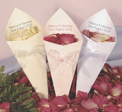 Pastel Confetti Cones from CelebrationsPlus.com only £14.25 for 25