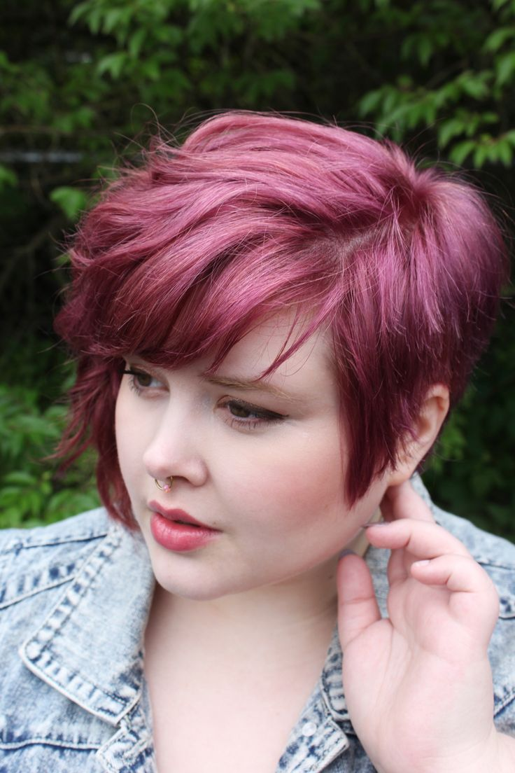 Short hairstyles for chubby girls 15