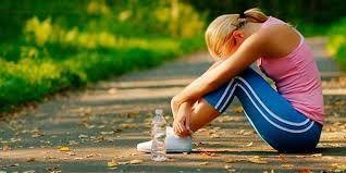 Exceso de ejercicio un riesgo para las defensas   Hacer deportes es muy beneficioso para la salud pero el exceso puede causar estrés del sistema inmunológico.  Todos conocemos la importancia de hacer ejercicio físico a diario y hacemos el esfuerzo por incluirlo en nuestra rutina para poder gozar de buena salud. Además está demostrado que el ejercicio tiene un efecto altamente positivo en el sistema inmunitario sobre todo si se practica al menos tres veces a la semana. Por otra parte quienes…