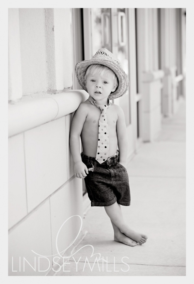 Must do something like this with little man :)
