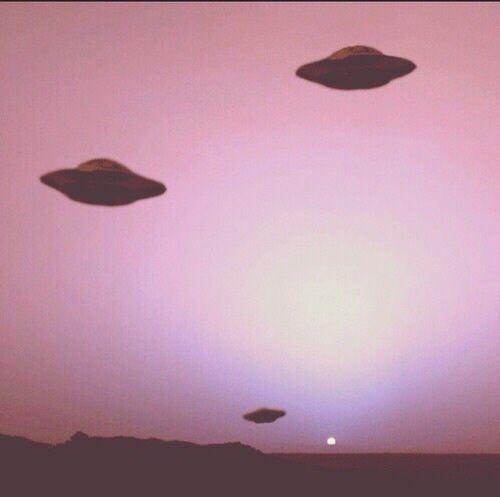 alien, pink, and grunge Bild