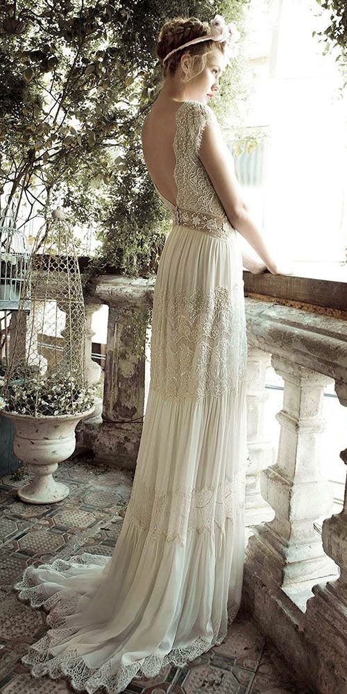 18 Vintage Inspired Wedding Dresses ❤ See more: http://www.weddingforward.com/vintage-inspired-wedding-dresses/