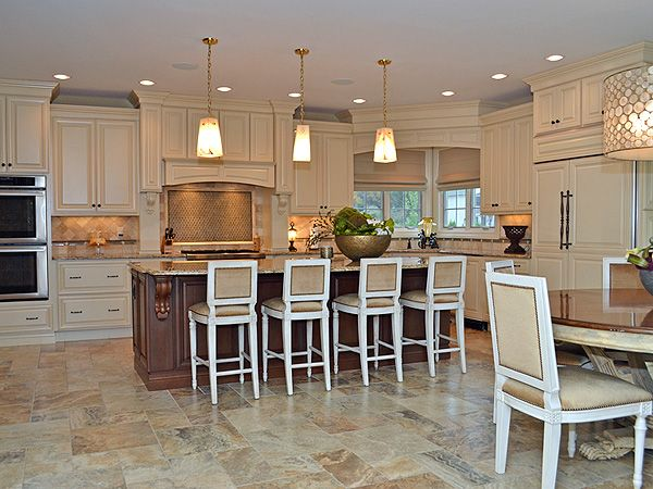 kevin jonas house for sale   Kevin and Danielle Jonas Put New Jersey Home on the Market  Jonas ...