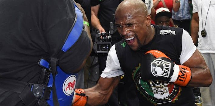 Floyd Mayweather Opens Up About Pacquiao Fight And 2010 Arrest During Interview