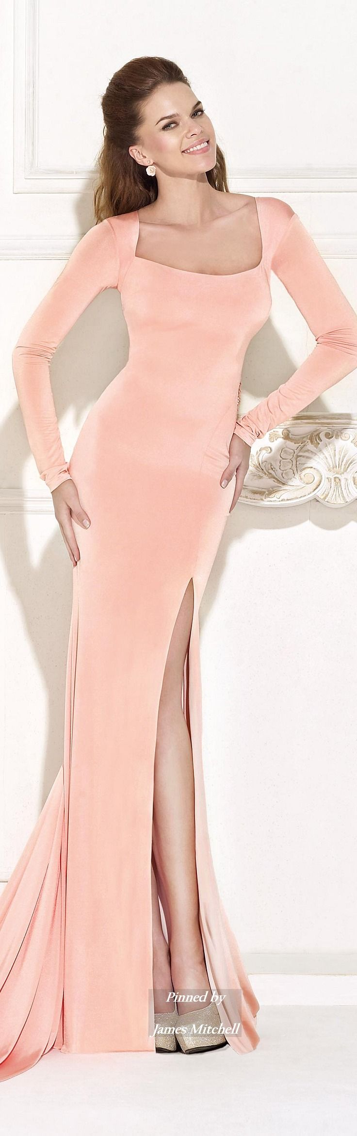 Tarik Ediz 2015 Collection; WOW, love this soft pretty shade in evening wear; lovely!!!