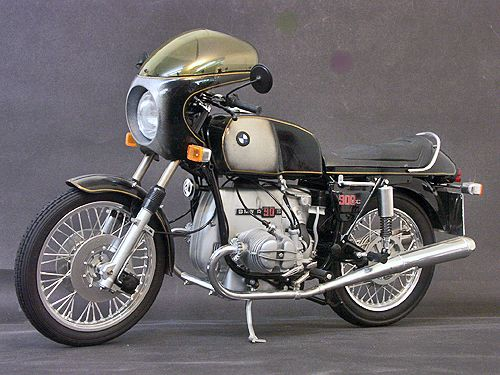 BMW R90S SMOKE. Yep. Own one of these! 1976