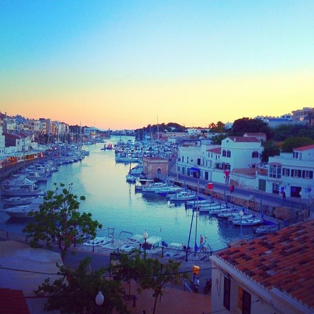 Nos encanta Ciutadella, Menorca. Vuela con Rumbo - Cupón 10€ descuento https://apps.facebook.com/infodescuentos/products/view/576