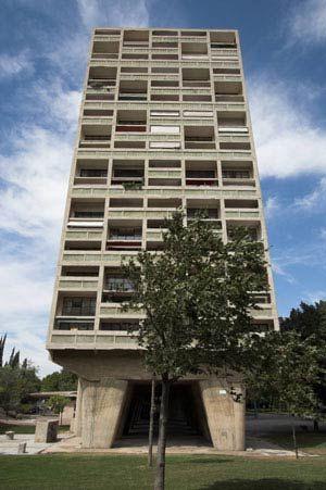 Ле Корбюзье. Le Corbusier. Марсельская жилая единица (Unité d'Habitation) , Марсель, Франция. 1947-1952