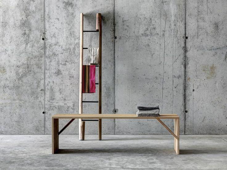 Walnut coat rack RASCANA by FIORONI design GUSCETTI ARCHITETTI