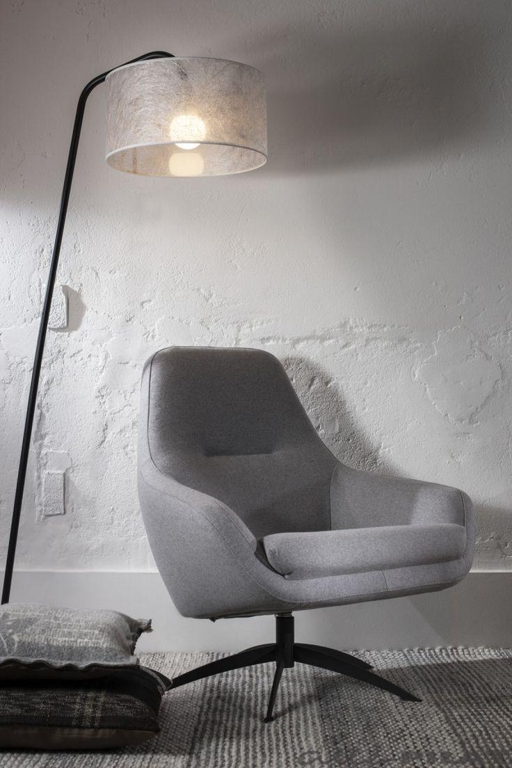 Vloerlamp Read met zwart frame en transparante witte kap - Woonwinkel Alle Pilat