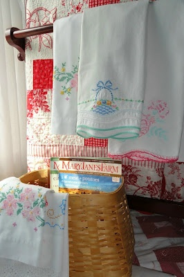 Some terrific ideas for using embroidered pillowcases!  :)