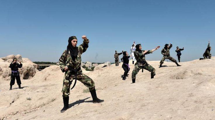 Mujeres iraníes se entrenan en artes marciales - HispanTV, Nexo Latino