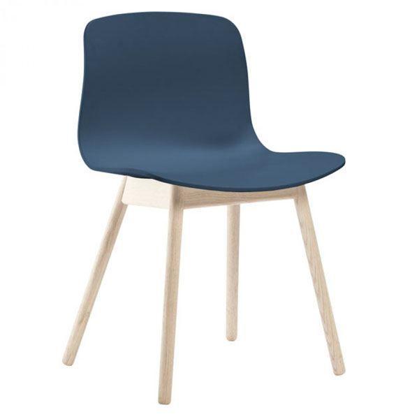 Hay About a Chair AAC12 stoel met gezeept onderstel  http://www.flinders.nl/hay-aac12-stoel