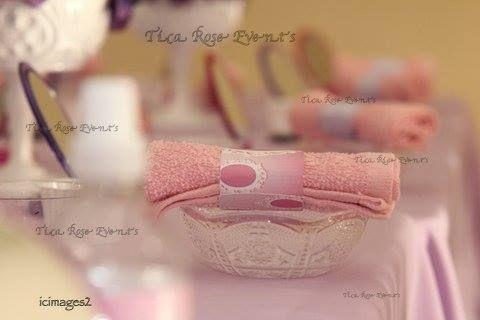 Spa girl theme birthday party table setting ideas