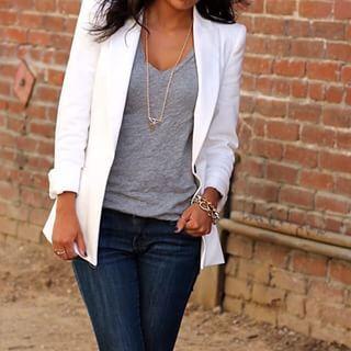 Um blazer sempre faz vista, mesmo se você estiver de jeans e camiseta. | 16 ideias de looks para você mandar bem na entrevista de emprego