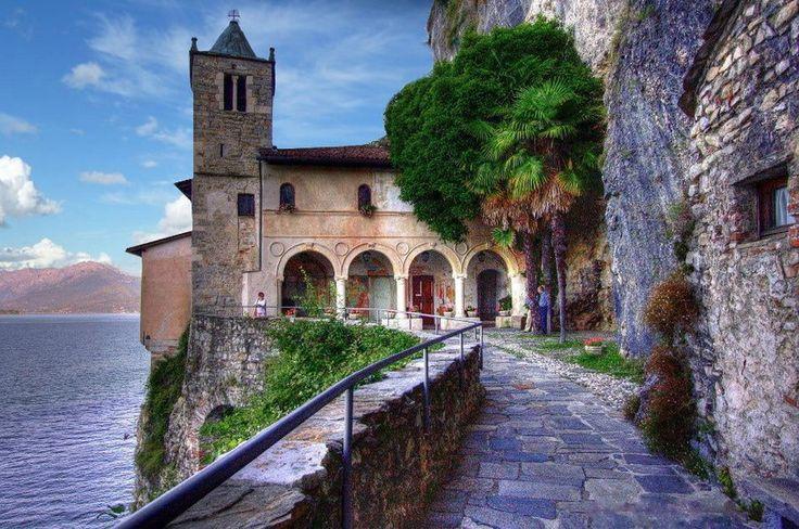 Ermitage Sainte Catherine sur le Lac Majeur, Italie