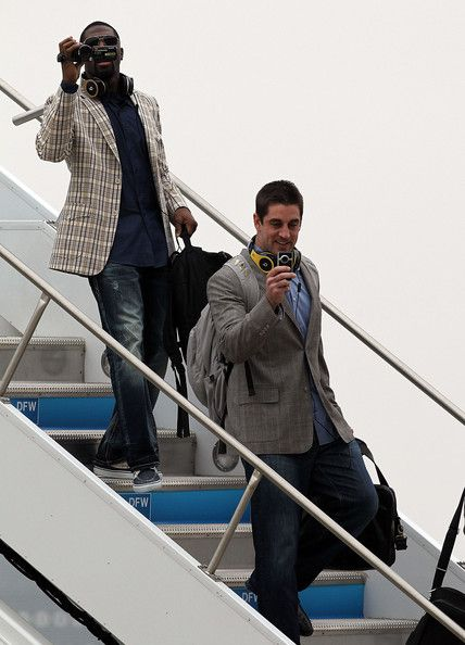 Green Bay Packers super bowl parade - coming off the plane