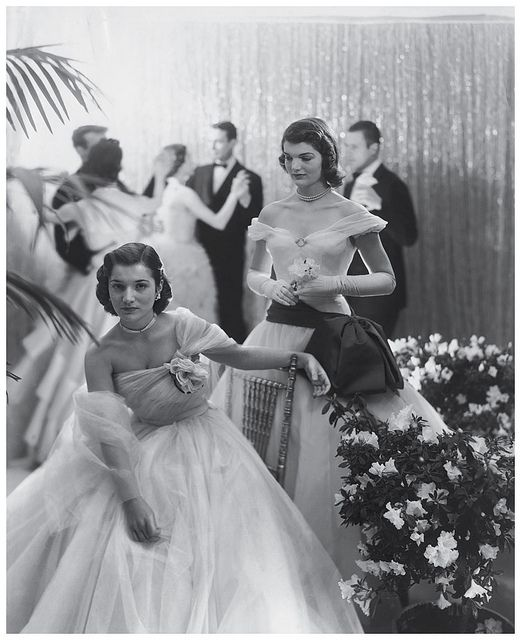 Cecil BEATON :: Jacqueline Bouvier with her sister at a debutante ball, 1951 [Frankly... it is sister and Jackie]