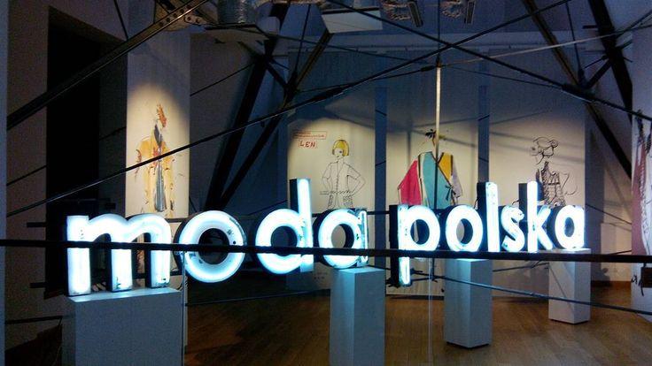 Retro Moda Muzeum Narodowe we Wroclawiu, Moda Polska, info na blogu Iwakki.