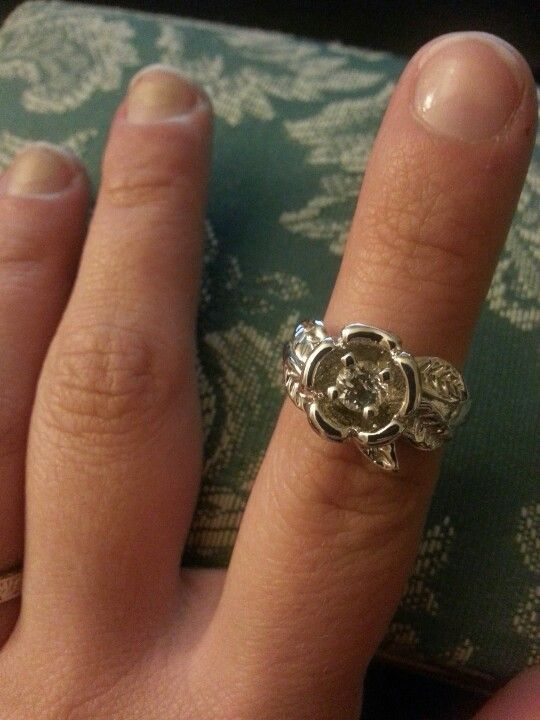 17 best ideas about diamond candle rings on pinterest diamond candles 100 pretty rings and. Black Bedroom Furniture Sets. Home Design Ideas