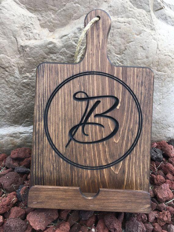 Personalized Wood IPad / Cookbook Stand, Dark Walnut Finish, Cutting Board  Style, Kitchen IPad Stand, Wooden Cookbook Holder
