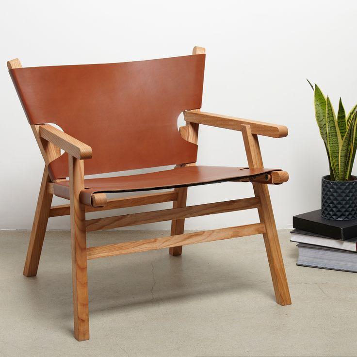 Nojatuolin muotoilu on saanut inspiraationsa perinteisestä tanskalaisesta designista, samalla omaksuen modernia innovatiivisuutta sekä tyyliä.