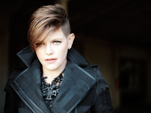 Natalie Maines - Buzzed sides