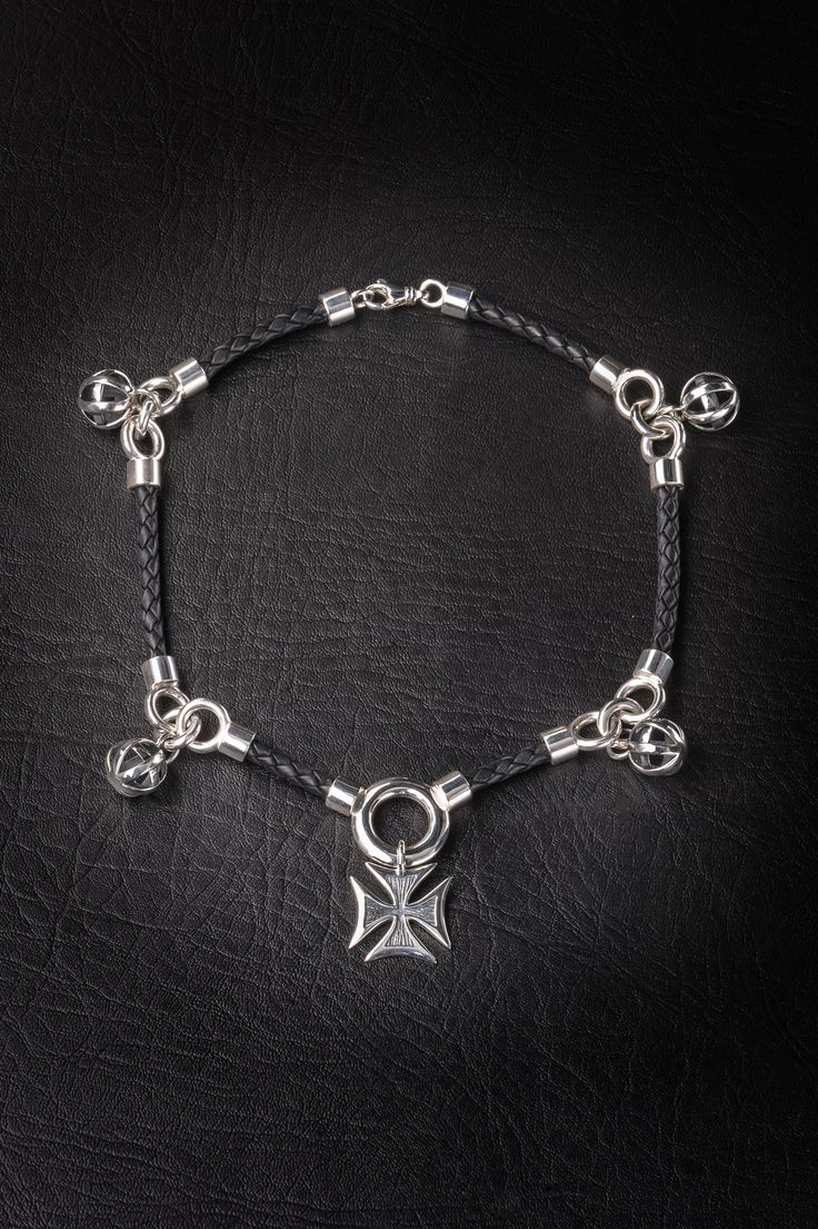 The BRYNLEY necklace.